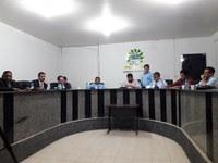 Vereadores da câmara municipal  se reúne com representantes da Celpa Equatorial e moradores para discutir contas abusivas.